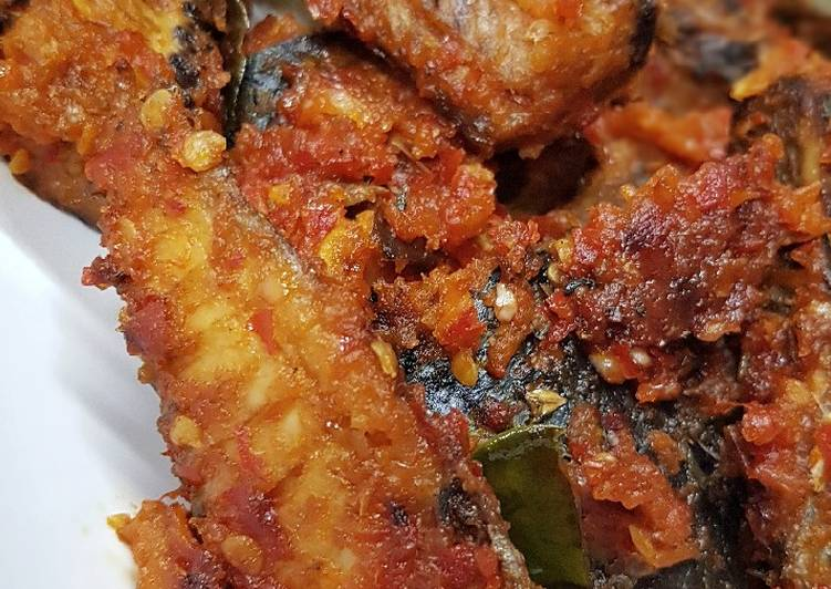 Cara memasak Balado Pindang Tongkol yang menggoyang lidah