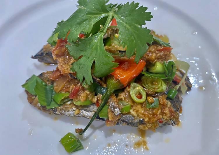 Cara membuat Ikan Tongkol Balado yang menggugah selera