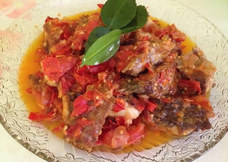 Resep: Ikan kaci grill masak balado sedap