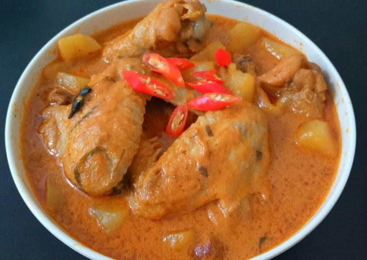 Kalio Ayam khas Padang