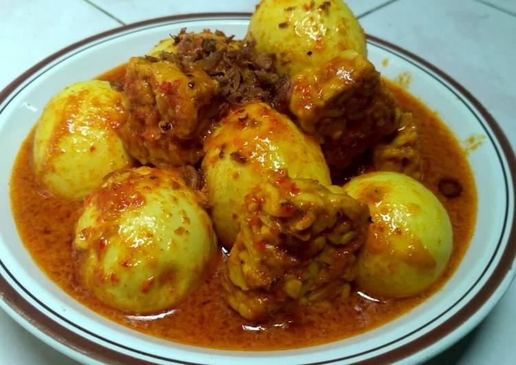 Cara Mudah memasak Kalio Telur Tempe yang menggoyang lidah
