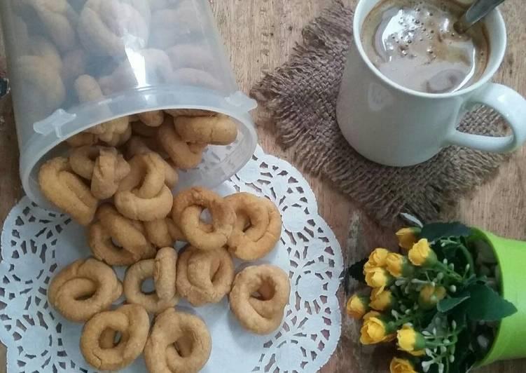 Resep memasak Karak Kaliang Talua/Kue Gelong yang bikin ketagihan