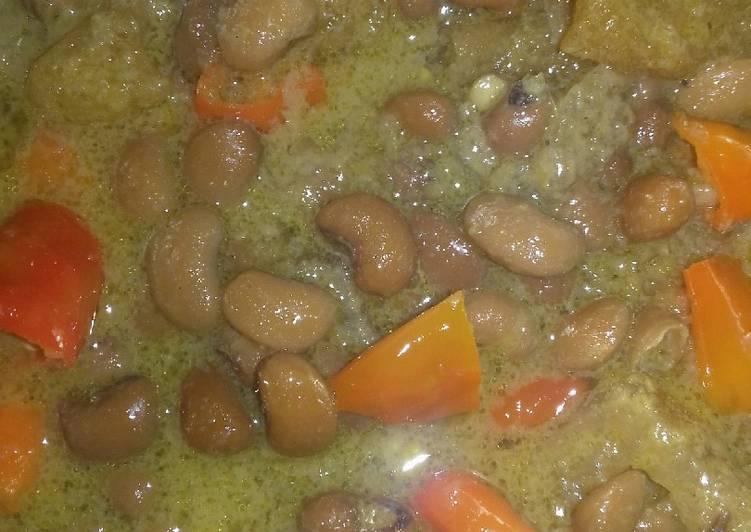 Resep mengolah Krecek kacang tholo& rambak sapi lezat