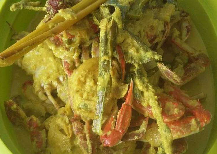 Resep mengolah Pangek Masin Kapitiang (Gulai kepiting) yang menggugah selera