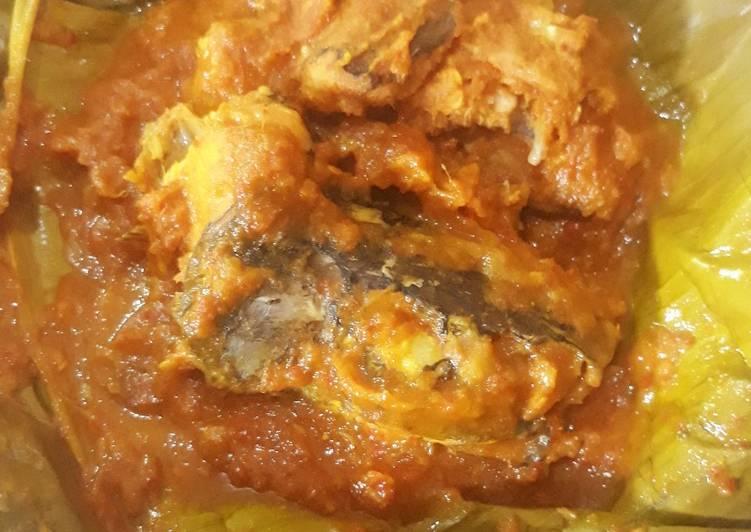 Resep membuat Paesan tempoyak kepala ikan gabus (pepes) yang menggugah selera