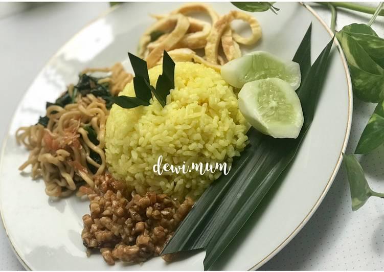 Resep: Nasi kuning gurih dan simpel ala resto