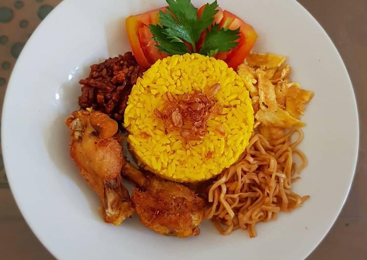 24. Nasi Kuning / Nasi Gurih