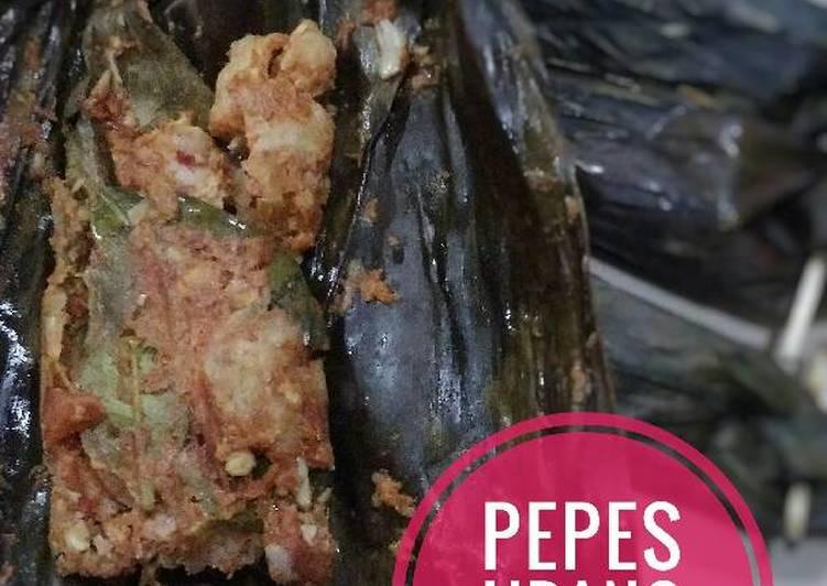Cara memasak Pepes Udang Merah yang bikin ketagihan