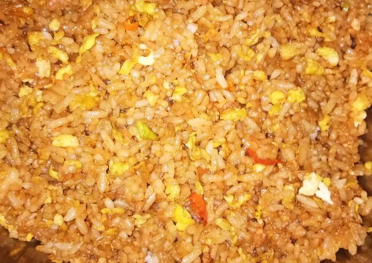 Resep: Nasi goreng tanpa sayur #MasakanRumahan istimewa
