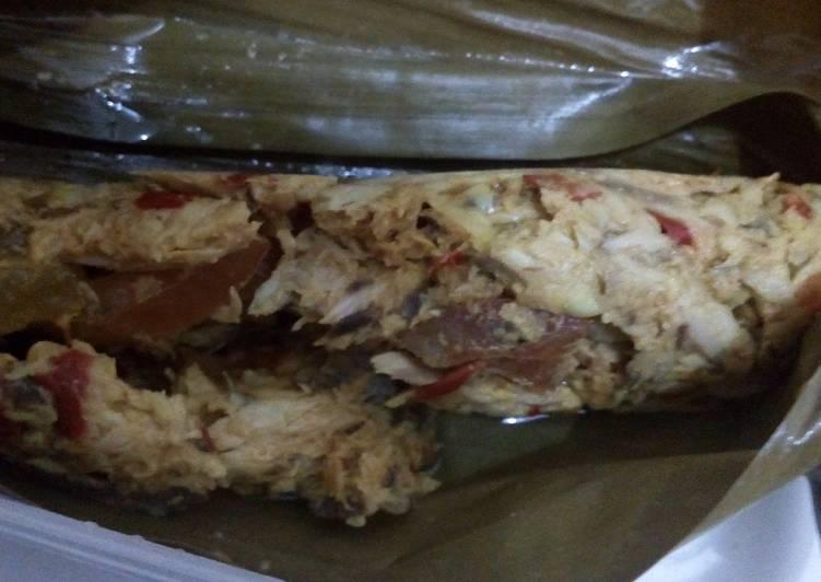 Resep: Brengkes / pepes tongkol suwir