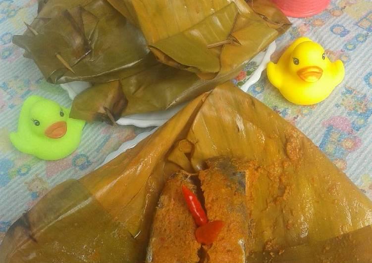 Cara Mudah memasak Pepes(Brengkes) ikan Tongkol yang menggugah selera