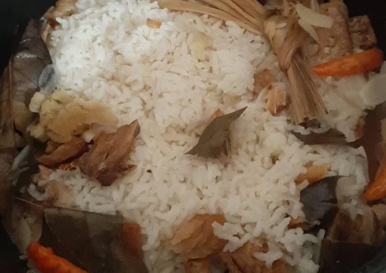 """Nasi Gurih """"rice cooker"""""""