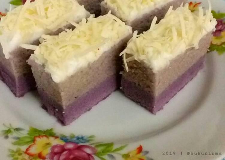 Cara Mudah memasak Bolu Lapis Kukus Taro yang menggugah selera