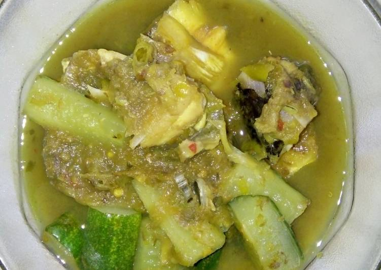 Resep mengolah Gulai tempoyak nila timun lezat